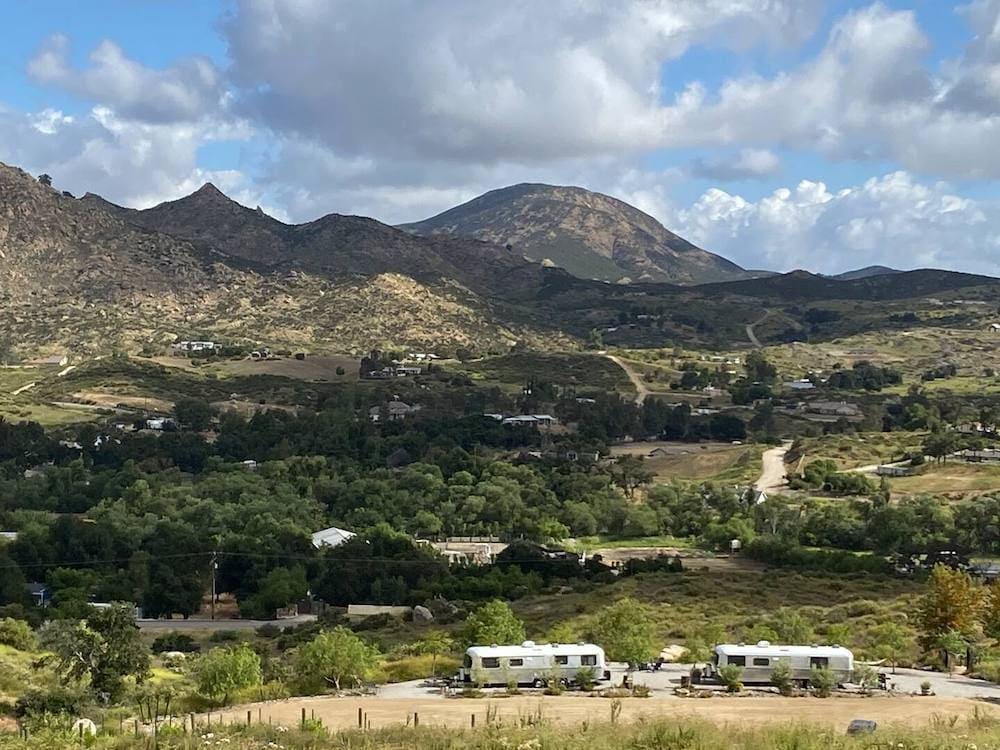Hender Haven Vineyard Escape US campsites