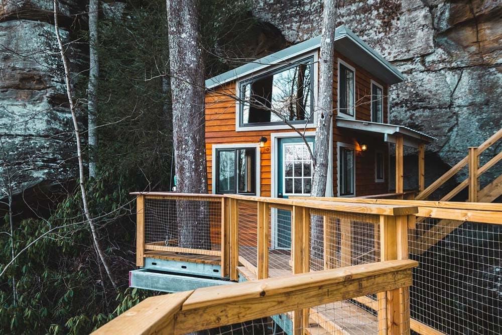 kentucky glamping treehouse