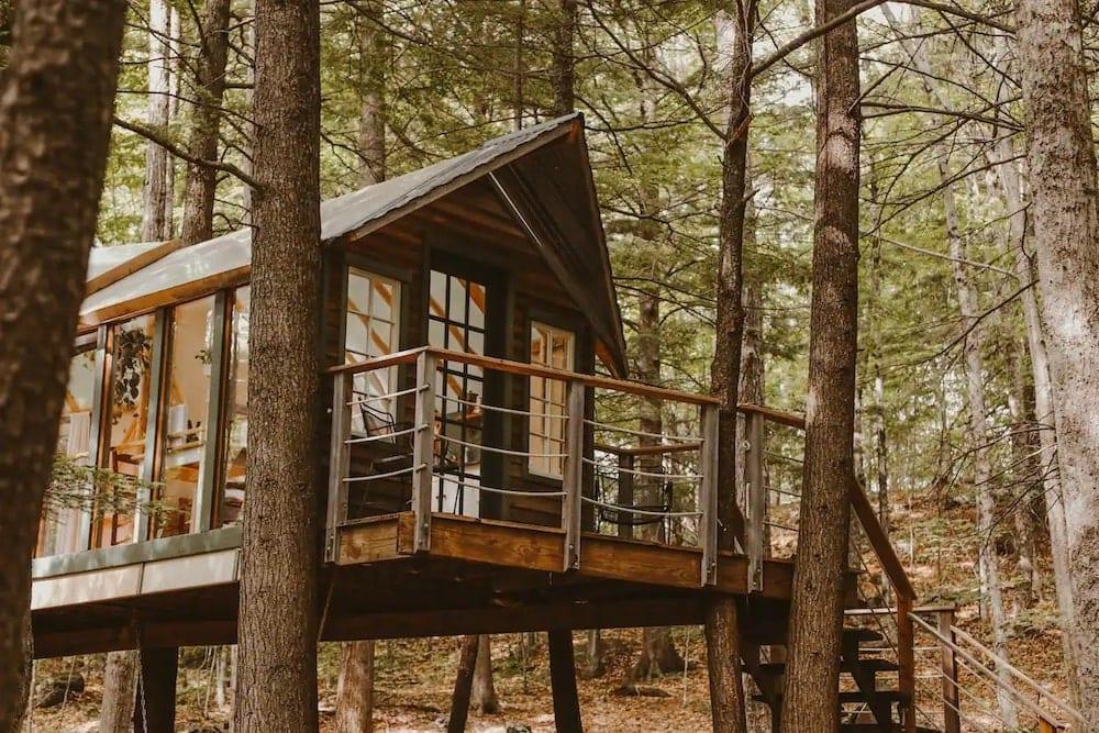 Hemlock Hideout Treehouse New Hampshire