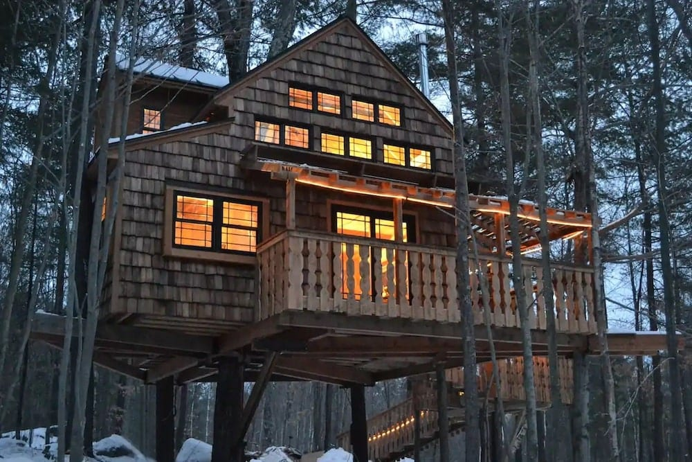 Modern, two-story treehouse New Hampshire