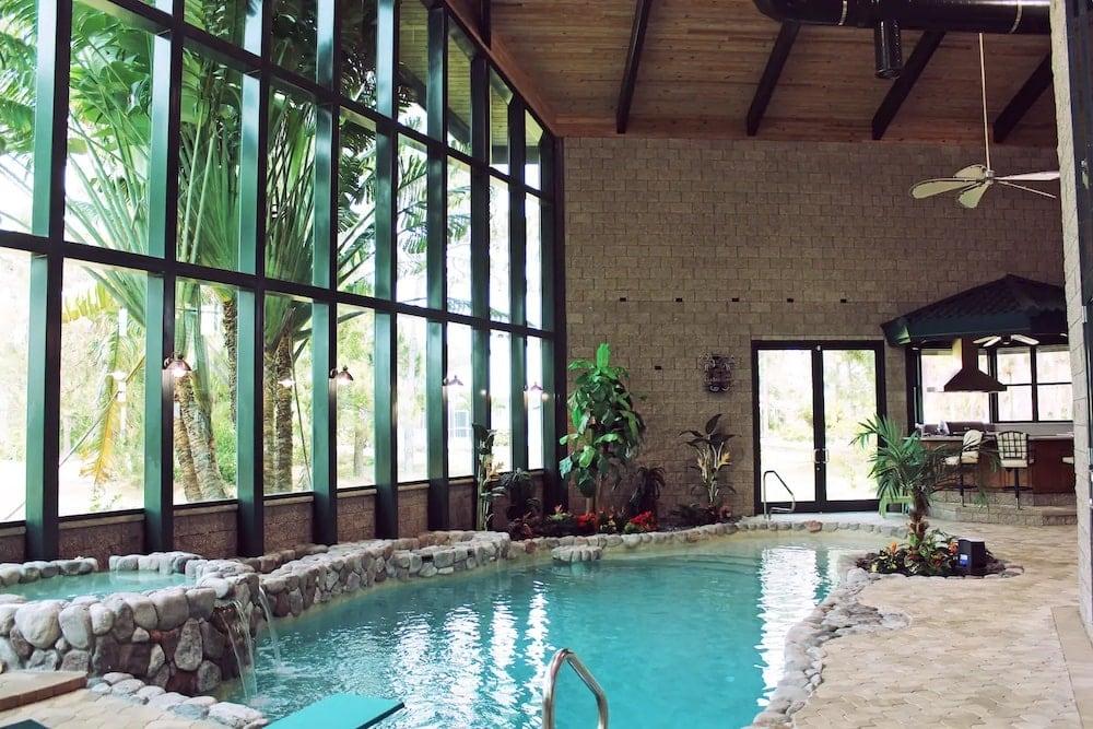 Golf Course Villa indoor pools