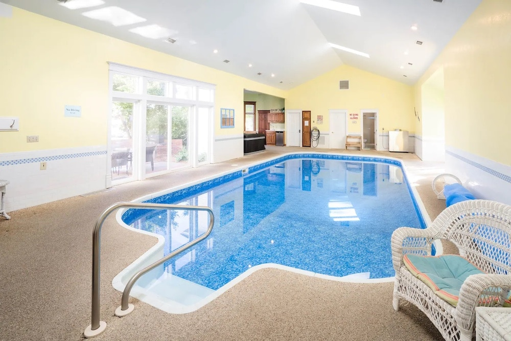 Suttons Bay Village House indoor pools