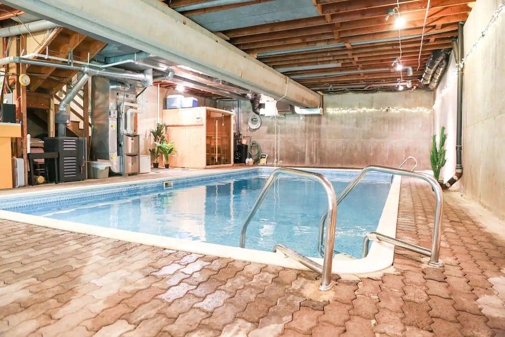 Minnesota Home indoor pools