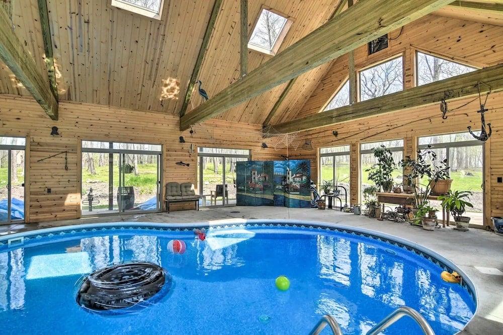 Raccoon River Retreat indoor pools