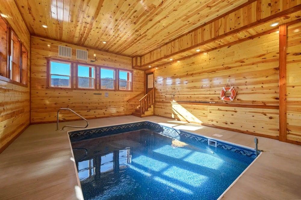 Dream Inn the Smokies indoor pools