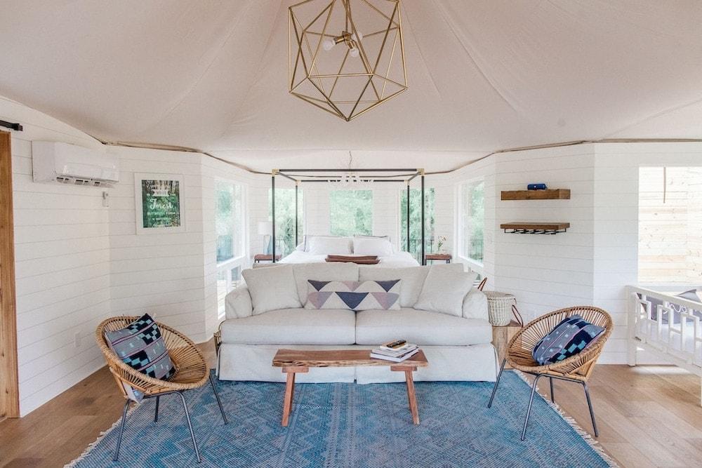 Luxury Glamping Safari Tent San Antonio