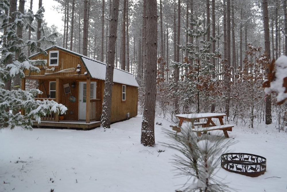 Hide Out Cabin wisconsin