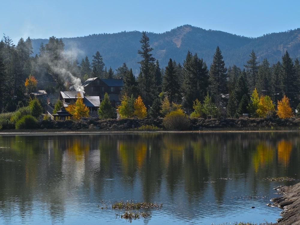 Big Bear Lake fall california