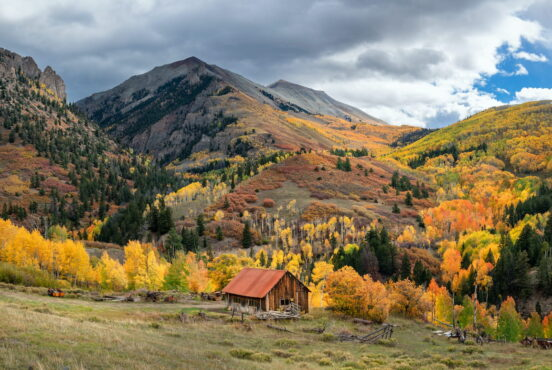 The Best Places to View the Spectacular Fall Colors in Colorado