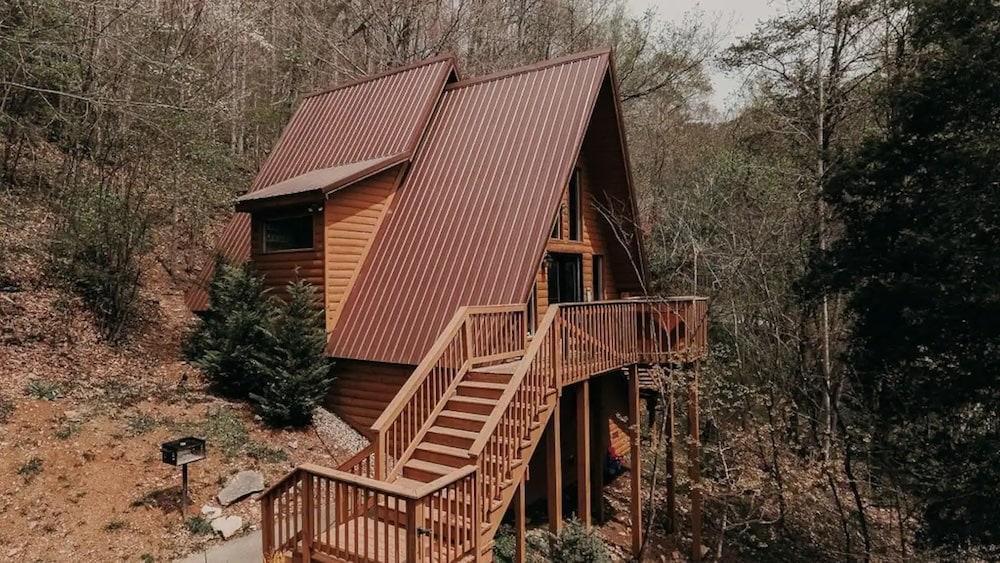 Sage & Cedar Hideaway